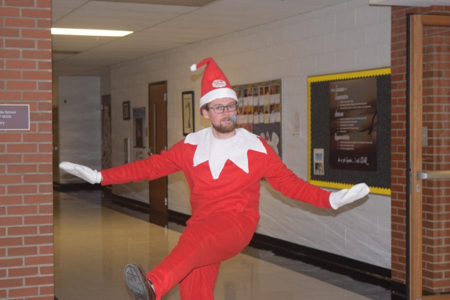 Mr.+Dobeck+greets+students+in+his+costume.