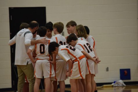 Seventh grade boys basketball beat Beachwood by one point